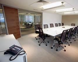 Dise o de oficinas remodelacion de oficinas lima peru for Diseno de interiores lima